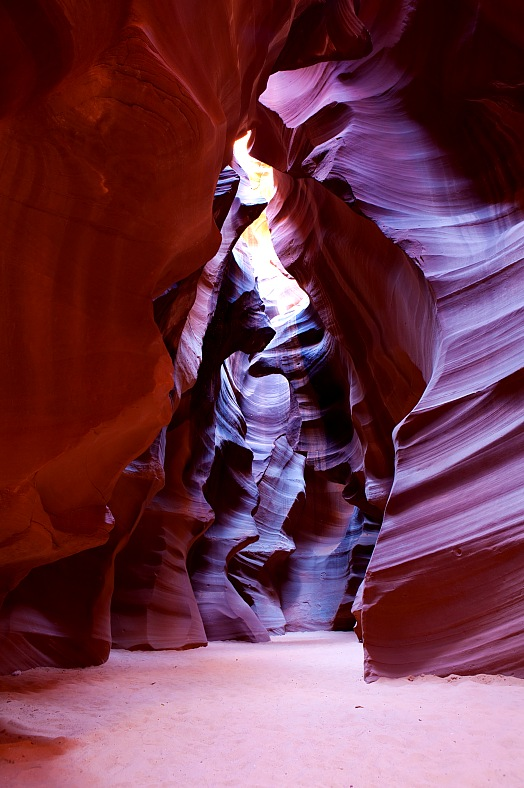 Antelope Canyon photography tours. Antelope Canyon in Arizona, USA. Arizona tours - vacation travel photos