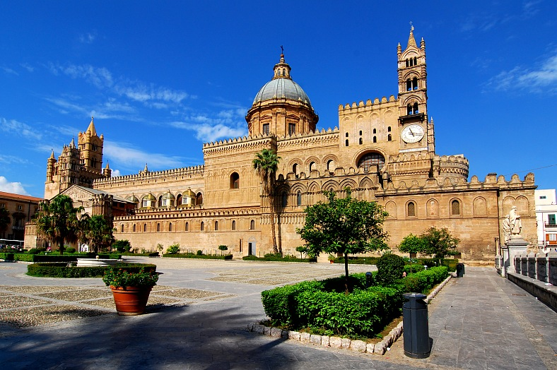 Italy vacations. The Cathedral of Palermo, Sicily. Italy tours.