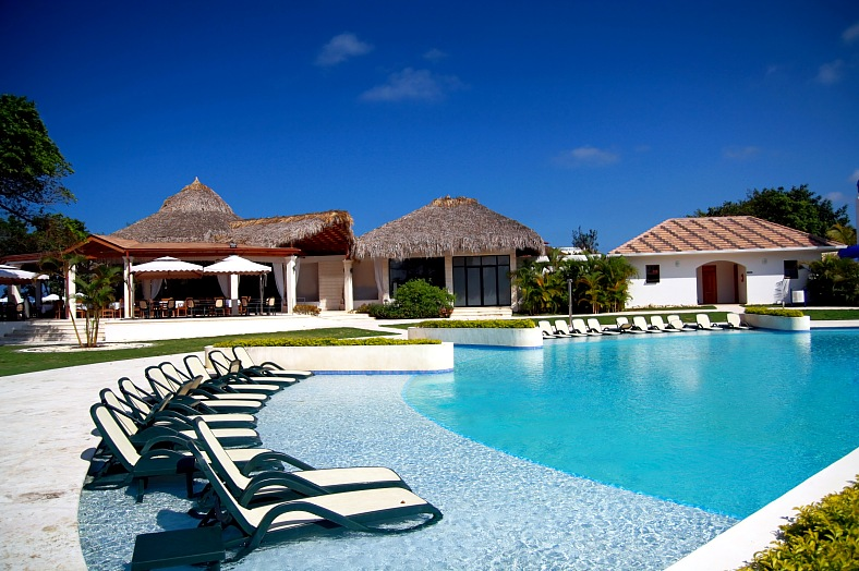 Dominican republic resorts. Swimming pool in Dominican Republic hotel. Caribbean vacations - vacation travel photos