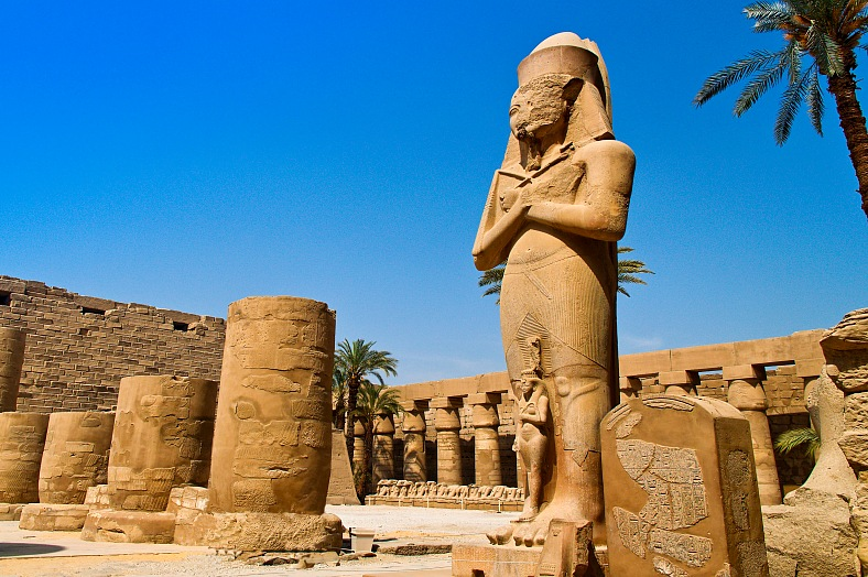 Africa tourism, Egypt travel, Luxor tours. Karnak temple. One of the highlights on evers egyptian journey. Budget Egypt tours.