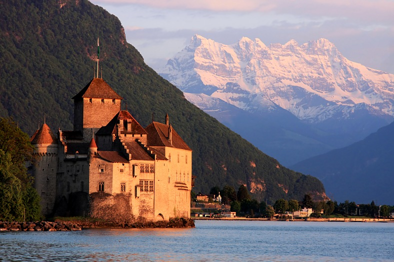 Switzerland resorts. The Chillon castle in Montreux (Vaud), Geneva lake. Switzerland tours.