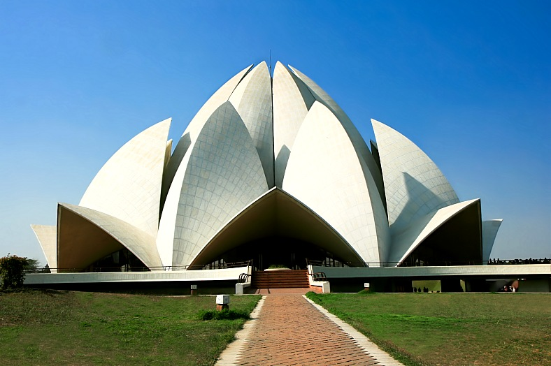 India tours, New Delhi. Lotus Temple in New Delhi. India tour packages.