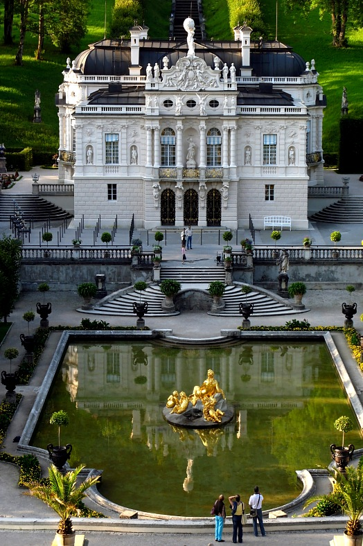 Germany travel. Linderhof Palace, Bavaria. Germany tours - vacation travel photos