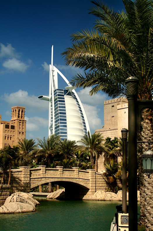 Dubai tours. Luxury Hotels, Dubai. Holiday Dubai - vacation travel photos