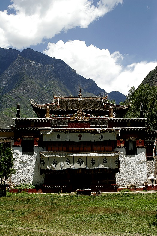 Temple in Tibet - vacation travel photos